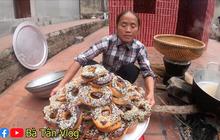 """Nghe bà Tân Vlog bảo làm bánh """"đơ-lút"""" thì thách ai đoán được là gì, hoá ra là món ăn vặt quen thuộc mà nhiều bạn trẻ yêu thích"""