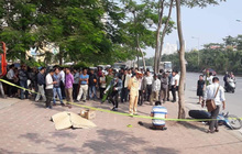 Hà Nội: Phát hiện thi thể người đàn ông nước ngoài trên vỉa hè