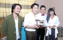 """Trấn Thành được tổ chức sinh nhật bất ngờ khi quay """"Ca sĩ thần tượng"""""""