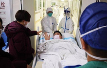 Đến Vũ Hán chăm sóc bạn gái bị ốm, chàng trai nhiễm virus corona nhưng lại nhận ra được điều ý nghĩa trong thời gian ở bệnh viện dã chiến