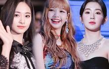 """8 nàng búp bê sống của Kpop: Lisa siêu thực, """"mỹ nhân đẹp nhất thế giới"""" Tzuyu có đọ lại dàn nữ thần đàn chị?"""