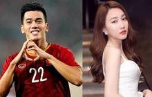 Tiền đạo U23 Việt Nam liên tục thả thính nữ diễn viên từng đóng MV với Sơn Tùng M-TP: Sắp có chuyện tình cầu thủ - chân dài showbiz nữa sao?