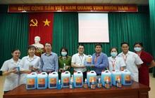 ĐH Đại Nam chi 2 tỷ đồng pha chế gel rửa tay sát khuẩn giúp cộng đồng phòng, chống dịch Covid-19