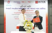 INTEK ký kết hợp tác với TST và trao 50 suất học bổng Starter Programming cho sinh viên CNTT