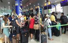 Làm thủ tục tại sân bay, khách phải giữ khoảng cách tối thiếu 2 mét