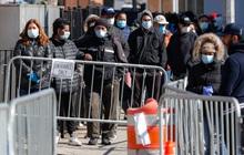 Mỹ có hơn 111.000 người nhiễm Covid-19, bang New York chiếm gần một nửa và đối diện với lệnh phong tỏa của Tổng thống Trump