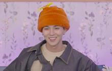 """Mino cười không khép được miệng khi các thành viên WINNER """"đánh úp"""" bí mật tổ chức sinh nhật ngay trong buổi showcase comeback"""