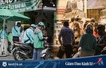 Hàng quán Sài Gòn thời hạn chế tiếp xúc xã hội: Người dân chuyển mạnh sang order đồ ăn online, shipper hối hả đi nhận và giao hàng