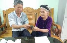 Cụ bà 84 tuổi từng đạp xe lên xã xin ra khỏi hộ nghèo ủng hộ 2 triệu chống dịch Covid-19