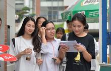 Trường Đại học đầu tiên cho sinh viên bảo vệ khóa luận tốt nghiệp online