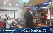 Tầng lớp lao động Hàn Quốc chật vật kiếm sống giữa thời Covid-19: Tiểu thương lay lắt cả buổi không có khách, công nhân thất nghiệp phải xin từng bữa ăn
