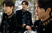 """Hậu cung bốn phương đang ngất ngây vì bộ ảnh hậu trường """"Quân vương"""" Lee Min Ho: Làm ơn, phi ngựa vào trái tim em đi!"""
