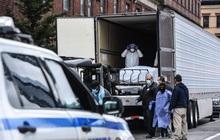 Ổ dịch New York (Mỹ) có số người nhiễm Covid-19 cao hơn mọi quốc gia khác trên thế giới, tiến hành chôn cất tập thể hàng chục nạn nhân