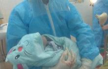 Sản phụ sinh bé trai ngay tại phòng cách ly ở Nghệ An