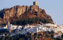 Một thị trấn ở Tây Ban Nha chưa ghi nhận ca nhiễm Covid-19 nào dù cả nước đã có hơn 100.000 trường hợp mắc bệnh