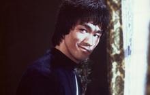 """Không chỉ đánh đấm, Lý Tiểu Long còn có biệt tài đưa các cô gái """"lên thẳng cung trăng"""""""