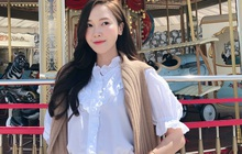 Jessica là fan cứng của áo blouse trắng và chỉ cần xem qua, chị em sẽ chấm được những kiểu đáng diện nhất