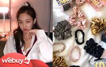 Buộc tóc thì phải diện chun vải giống Jennie mới sành điệu và đây là loạt shop cực nhiều mẫu xinh giá tốt dành cho bạn