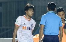 Đức Chinh nhăn nhó rời sân sớm vì chấn thương, Công Phượng lại dự bị: HLV Park Hang-seo có lý do để lo lắng