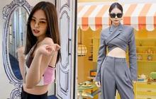 2 chiếc áo Jennie mới diện được chị em tranh nhau tìm mua, hot hit đến độ brand Hàn phải mở pre-order để đáp ứng