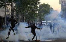Biểu tình phản đối phân biệt chủng tộc và bạo lực cảnh sát tại Pháp