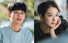 """3 lý do hóng ơi là hóng Psycho But It's Okay: """"Cụ giáo"""" Kim Soo Hyun tái xuất ôm luôn 64 tỉ, nữ chính tưởng """"vô danh"""" mà lại rất ra gì!"""