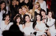 Black Pink và Red Velvet tuy style khác biệt nhưng nếu hợp thành một nhóm thì lại ra kết quả bất ngờ không tưởng