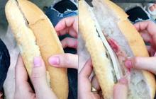 """Ổ bánh mì """"khét tiếng"""" nhất Việt Nam là đây: Bên trong chẳng có gì ngoài… 2 nguyên liệu mỏng dính, vậy mà ngày nào cũng bán """"đắt như tôm tươi""""?"""