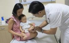 Nắng nóng, gia tăng trẻ em nhiễm bệnh tay chân miệng