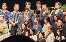 Đám cưới idol nhà SM hot nhất hôm nay: SNSD và DBSK đổ bộ, Suju - Red Velvet và cả dàn idol Gen 3 gửi video chúc mừng