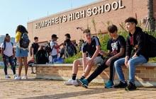 Bộ trưởng Giáo dục Mỹ tuyên bố sẽ yêu cầu các trường học mở cửa trở lại