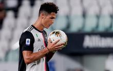 """Ronaldo tỏa sáng với cú đúp bàn thắng, fan lại được dịp cà khịa: """"Thánh Penaldo"""" hiển linh đây rồi!"""