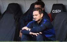 Fan MU mở cờ trong bụng: Chelsea bất ngờ thảm bại và dễ bị Quỷ đỏ đánh bật khỏi top 4