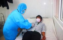 Đắk Lắk: Hàng chục trẻ sống gần 2 ca mắc bạch hầu chưa từng tiêm vắc xin phòng bệnh