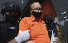 Nghi phạm người Pháp xâm hại 300 trẻ em Indonesia tử vong
