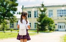 """Giữa không khí tuyển sinh lớp 6 nóng bỏng, phụ huynh chia sẻ rầm rầm quan điểm: """"Ao làng"""" cũng có giá trị của nó, sao phải đau đầu chọn trường cấp 2 cho con?"""