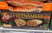 """Món """"bánh mì cuộn"""" mới xuất hiện của chuỗi siêu thị Mỹ khiến dân mạng phẫn nộ, bị chỉ trích vì """"phá huỷ"""" bánh mì Việt Nam truyền thống"""