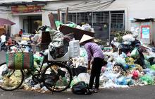 Hà Nội chỉ đạo khẩn vụ người dân chặn xe rác: Phân luồng rác tạm thời trong thời gian xảy ra sự cố