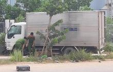 Xe máy chở 3 chạy ngược chiều đâm trúng xe tải, 2 thanh niên tử vong, một người đi cấp cứu