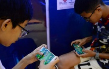 Dùng CMT giả, ra quán net, quét mặt bố mẹ khi ngủ: Muôn vàn cách thỏa mãn cơn thèm game của trẻ em Trung Quốc