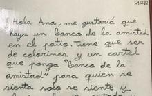 Bé gái 9 tuổi đề nghị lắp đặt băng ghế tình bạn trong trường cho những ai cô đơn