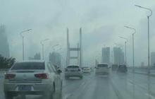 Miền Nam Trung Quốc tiếp tục đợt mưa lớn, Vũ Hán báo động đỏ