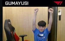 Hối hận vì hành vi phá game, sao trẻ T1 tự phạt, quỳ gối trên stream xin lỗi người hâm mộ