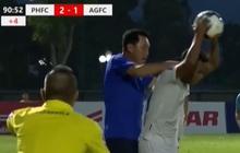 """Hai HLV, hai cựu tuyển thủ Việt Nam đá xéo nhau trên MXH vụ """"thầy bóp cổ trò"""": """"Đừng để nó quay lại cắn"""""""