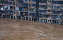 Mưa lũ gây thiệt hại nghiêm trọng tại nhiều địa phương của Trung Quốc