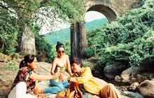 """""""Điểm sáng"""" Cầu Vòm Đồn Cả trong hành trình Huế - Hội An - Đà Nẵng: Thơ mộng như tranh vẽ, tha hồ picnic và tắm suối"""