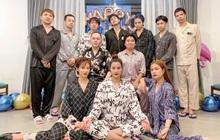 Đi du lịch là phải dress code đầy đủ như team Đông Nhi - Ông Cao Thắng: từ ăn, chơi cho đến lúc đi ngủ