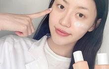 Trong suốt sự nghiệp khám da cho các chị em, bác sĩ thấy đây là 5 lỗi skincare nghiêm trọng mà nhiều người mắc nhất