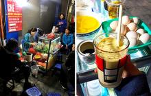 Hàng trứng đánh kem giữa phố cổ Hà Nội hơn 30 năm vẫn vẹn nguyên hương vị, không lúc nào vãn khách