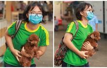 Nữ sinh đi thi mang theo cả cún cưng đến cổ vũ, ai bắt gặp cũng phải thốt lên: Đáng yêu thế cơ chứ!